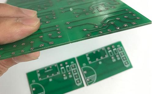 购买PCB激光切割机需要注意哪些事项