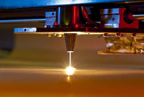 光纤激光切割机工作时间.jpg