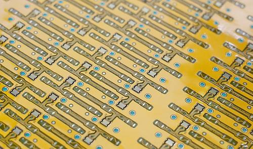 激光切割设备在5G时代下的作用?-4.jpg