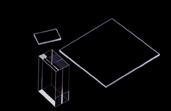 滤光片精密激光切割的优点与传统切割方式的区别