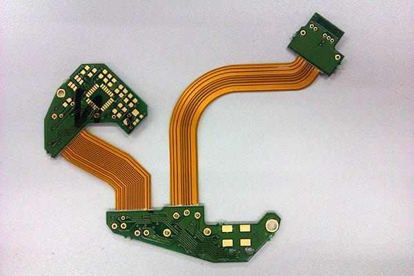 激光切割技术加速了线路板的发展,FPCB发展突飞猛进